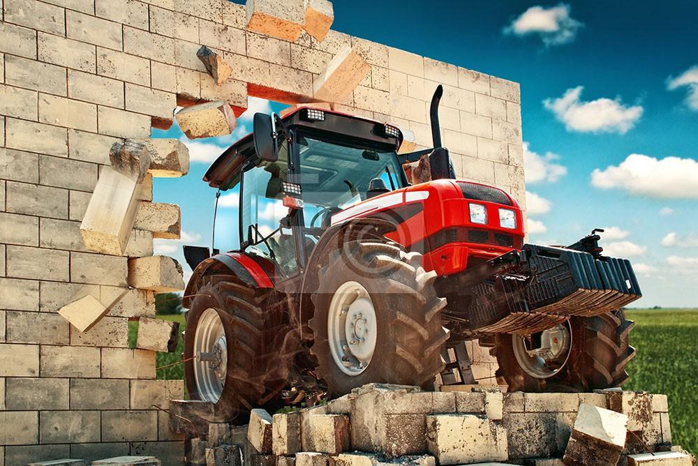 Traktor w cegle